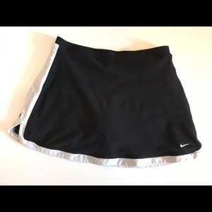 Nike tennis skirt L